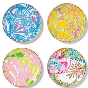 NWT! Lilly Pulitzer plates
